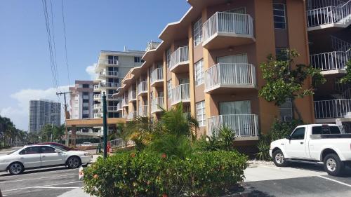 SeaSpray Inn Beach Resort