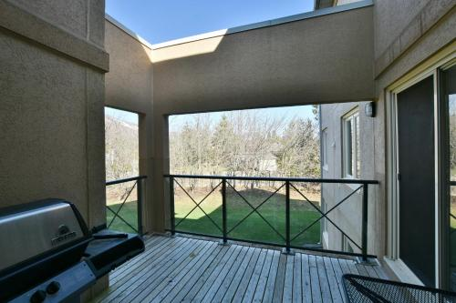 2 Bedroom Rivergrass Condo - Collingwood, ON L9Y 3Z2