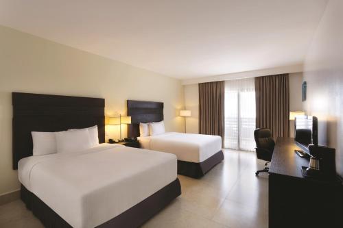 LQ Hotel by La Quinta Cancun Photo