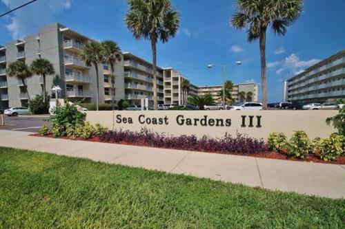 Sea Coast Gardens III 105 Photo