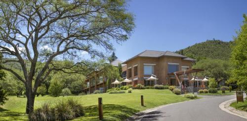Foto de Altos de Belgrano Hotel Caba�as Golf y Spa