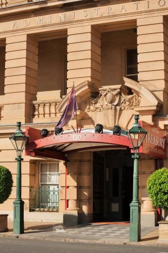 159 William Street, Brisbane, QLD Australia 4000.