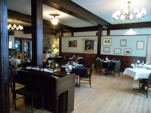 The Fairplay-valiton Hotel - Fairplay, CO 80440