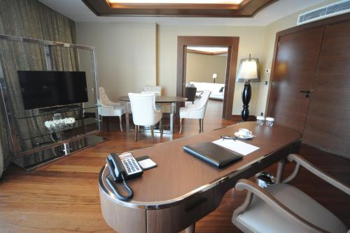 Pullman Istanbul Airport Hotel & Convention Center photo 68
