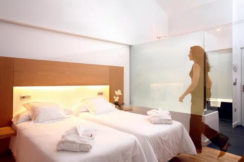 Double or Twin Room Tierra de Biescas 7