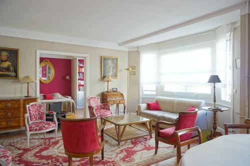 Apartment Rue Copernic - Paris 16
