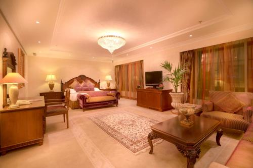 Corniche Hotel Abu Dhabi photo 47