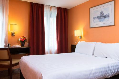 Hotel Bac Saint-Germain photo 19