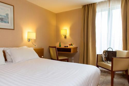 Hotel Bac Saint-Germain photo 21