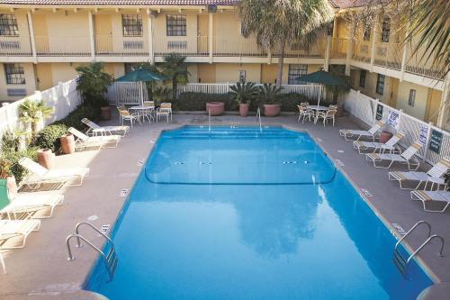 Quality Inn & Suites North Charleston - North Charleston, SC 29420