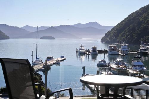 Picton Waterfront Luxury Apartments.  Kuva 1