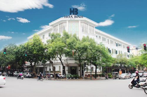 Hoa Binh Hotel photo 1