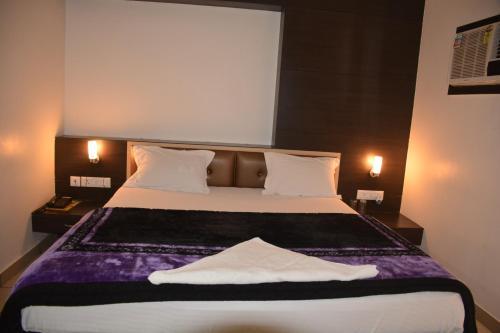HotelHotel Satyam International
