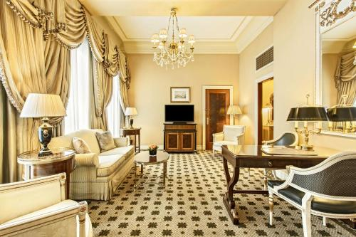 Hotel Grande Bretagne, a Luxury Collection Hotel photo 39