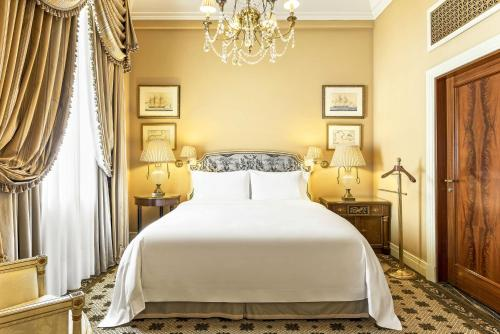 Hotel Grande Bretagne, a Luxury Collection Hotel photo 40