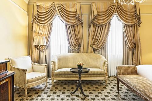 Hotel Grande Bretagne, a Luxury Collection Hotel photo 42