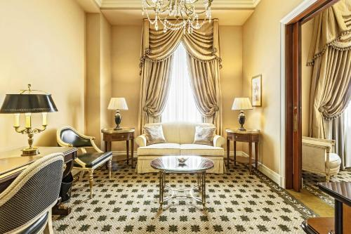Hotel Grande Bretagne, a Luxury Collection Hotel photo 43