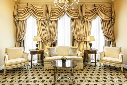 Hotel Grande Bretagne, a Luxury Collection Hotel photo 48
