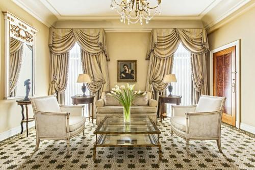 Hotel Grande Bretagne, a Luxury Collection Hotel photo 55