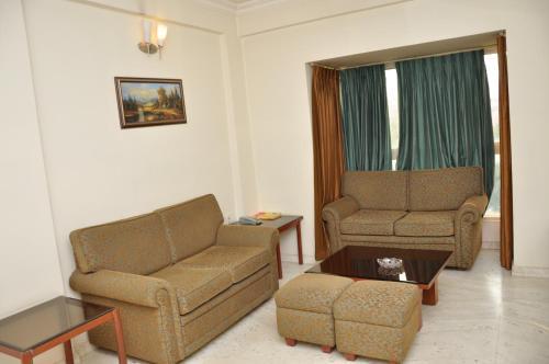 HotelNew Crescent Citadel