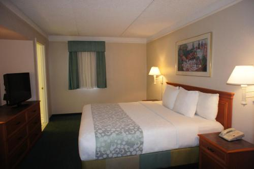 La Quinta Inn Fort Myers Central Photo