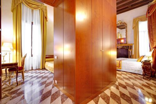 Hotel Donà Palace photo 18