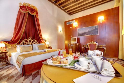 Hotel Donà Palace photo 20
