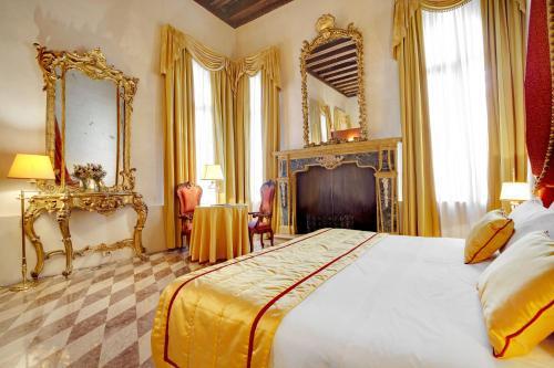 Hotel Donà Palace photo 25