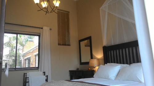 Protea Retreat Photo