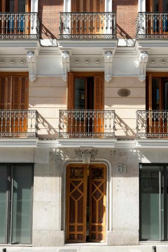 Calle de San Bernardo, 61, 28015 Madrid, Spain.