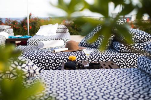 1 avenida entre 30 y 32, Gonzalo Guerrero, 77710 Playa del Carmen, QROO, Mexico.