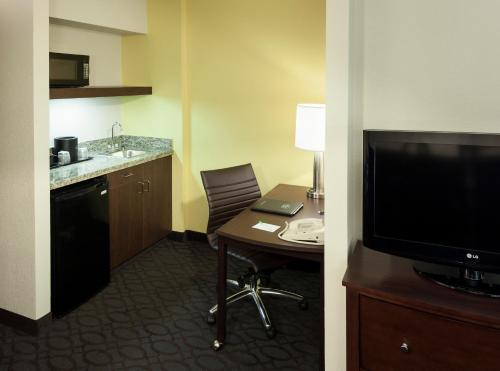 SpringHill Suites by Marriott Dallas Downtown / West End photo 16