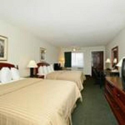 Americas Best Value Inn - Petoskey - Petoskey, MI 49770