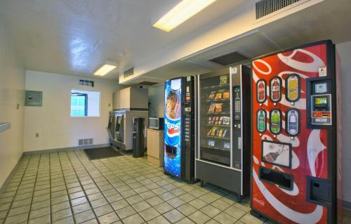 Motel 6 Valdosta - University - Valdosta, GA 31601