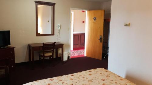 Queens Arms Inn Photo