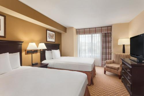 Country Inn & Suites By Carlson Ontario At Ontario Mills