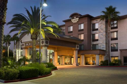 Country Inn & Suites by Radisson, Ontario at Ontario Mills, CA Photo