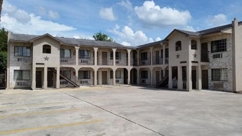 Mission Inn - San Antonio, TX 78214