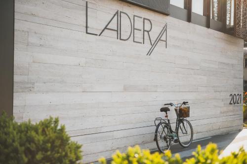 Ladera Boutique Hotel Photo