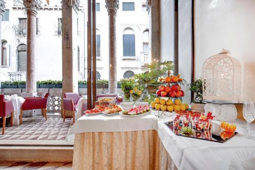 Hotel Donà Palace photo 49