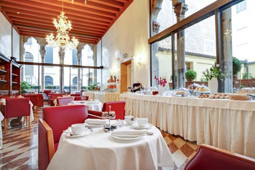 Hotel Donà Palace photo 59