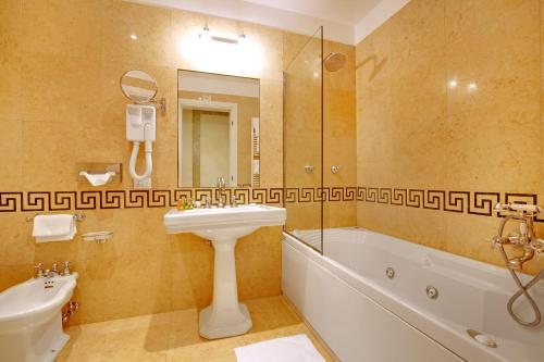 Hotel Donà Palace photo 73
