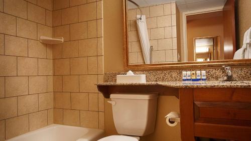 Best Western Plus Mid Nebraska Inn & Suites Photo