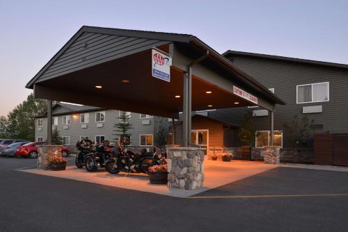 Best Western Pinedale Inn Photo