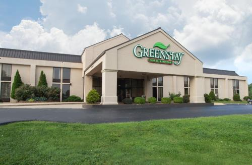 Greenstay Hotel & Suites Photo