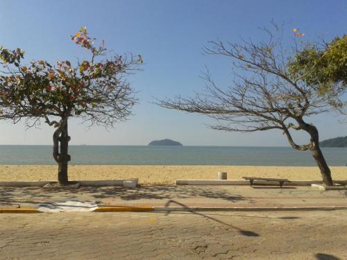 Apartamento Ilha Feia Photo