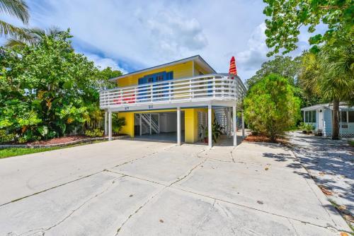 Banana Cabana and Cottage Photo