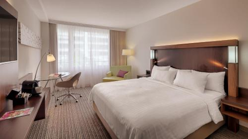 Courtyard by Marriott Zurich North photo 27