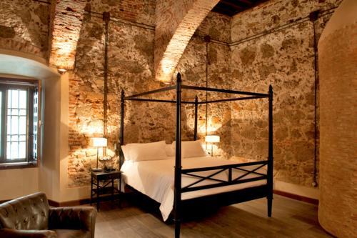 Suite Palacio Carvajal Girón 13
