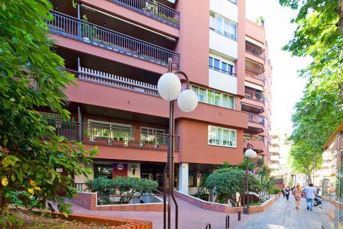 Apartment Barcelona Rentals - Classic Bonanova Apartment photo 2